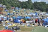 Woodstock 2017: Pole tonie w śmieciach. Czas na wielkie sprzątanie [WIDEO, ZDJĘCIA]