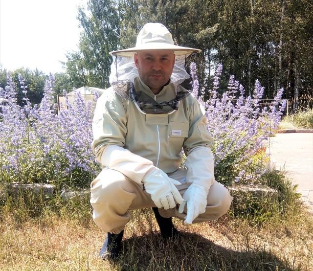 Rafał Mładanowicz w rodzinnym gospodarstwie (w woj. pomorskim) prowadzi produkcję roślinną w systemie konwencjonalnym i ekologicznym