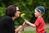 Życzenia na Dzień Matki. Zobacz najlepsze wierszyki [SMS, KRÓTKIE, ŚMIESZNE - 26.05.2019]