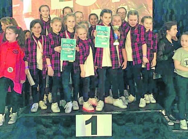 Najmłodsi tancerze (8-11 lat) z Homies Crew zadebiutowali na turnieju i od razu odnieśli sukces