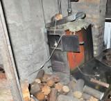 Moszczona Królewska. Śmiertelny wypadek przy rozpalaniu pieca (zdjęcia)