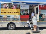 Fundacja Ronalda McDonalda bada ostrowieckie dzieci (ZDJĘCIA)