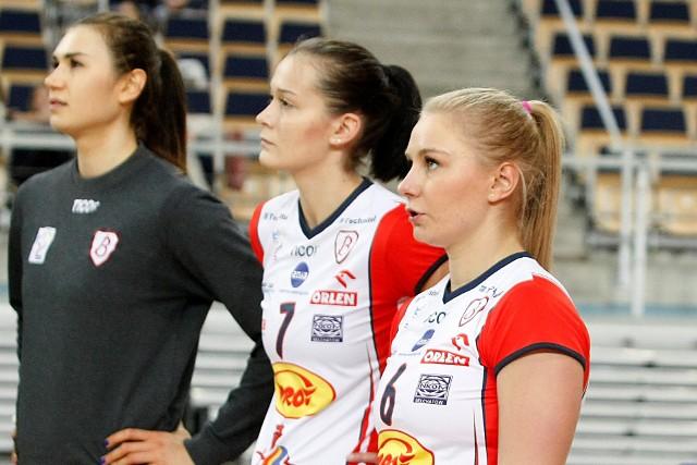 Ewelina Tobiasz (od prawej) znów grać będzie w drużynie Grot Budowlanych
