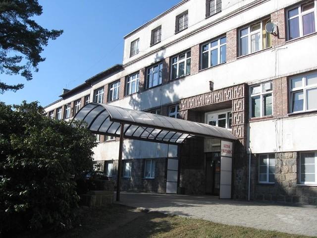 Zarobki w szpitalu w Bytowie. Rekordzista ma miesięcznie prawie 39 tysięcy złotych