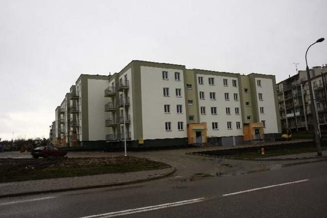 Nowy blok komunalny przy ul. Armii Krajowej w BiałymstokuNowy blok komunalny przy ul. Armii Krajowej w Białymstoku