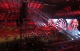 """Koncert """"Muzyka Wolności"""" w Poznaniu: Pustki na płycie Stadionu Miejskiego i pomyłka Oliviera Janiaka [ZDJĘCIA]"""