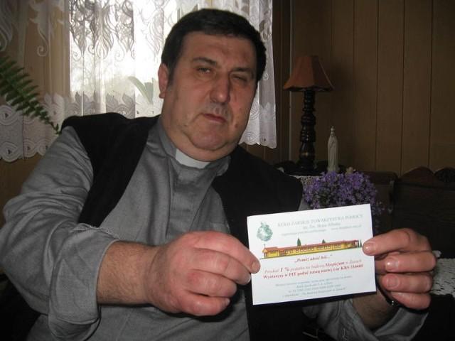 - Mieszkańcy chętnie kupują cegiełki i dają pieniądze na hospicjum - mówi ks. Zygmunt Czepirski