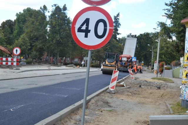 W miniony weekend asfalt dojechał do skrzyżowania z ul.Witosa