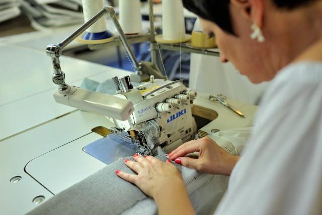 Gala Collezione, to jedna z firm, o której napiszemy w poniedziałek w dodatku. Przedsiębiorstwo to jest gotowe, zdecydowanych do pracy u nich, nauczyć zawodu.