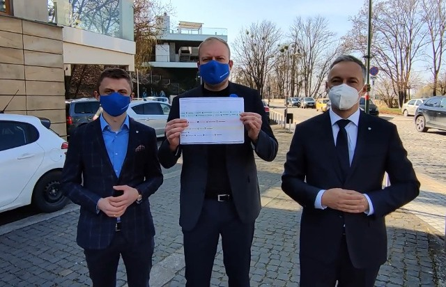 Witold Zembaczyński: Radni PiS przeciw dodatkowemu miliardowi złotych dla regionu!