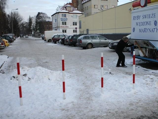 W czasie remontu ulicy Poniatowskiego z ulicy Morcinka można było wjechać w Wolności. Niektórzy kierowcy postulują, by to rozwiązanie wprowadzić na stałe.