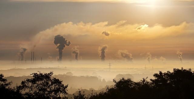 Śląskie miasta wśród najbardziej zanieczyszczonych w Europie. Zobacz ranking.