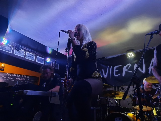 Wczoraj wieczorem, 18 czerwca, w Motor Rock Pubie swój koncert zagrały zespoły Vierna oraz Psylocybia. Frekwencja dopisała, pomimo obostrzeń.