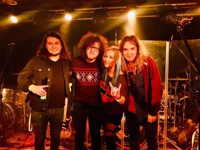 Podczas pierwszego koncertu (26 maja) zaprezentują się zespoły Izzy & The Black Trees, Hurrockaine (na zdjęciu), Glasspop i Calei.