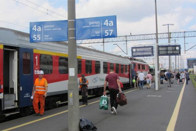 W ciągu ostatnich dwóch tygodni liczba Polaków, którzy w ciągu najbliższych trzech miesięcy planują wybrać się w podróż koleją wzrosła do 47 proc. To najwyższy wynik spośród wszystkich osiemnastu badanych krajów.