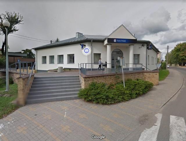 Złodzieje zaatakowali bankomat w banku PKO BP w Witnicy.
