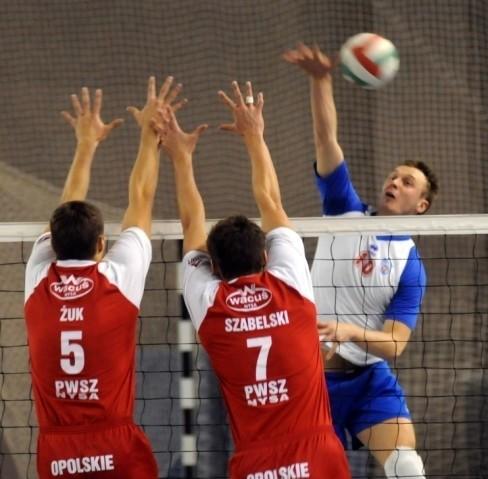 W meczu o mistrzostwo I ligii siatkarze Orla Miedzyrzecz wygrali 3:2 z AZS Nysa.