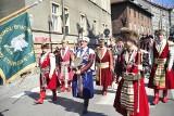 Intronizacja króla kurkowego na Rynku Głównym w Krakowie [ZDJĘCIA]