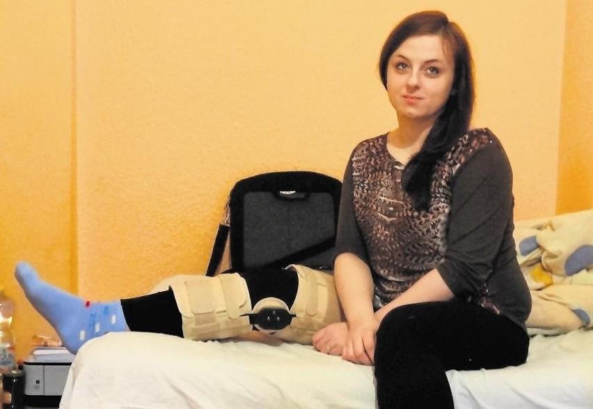 Weronika Tomicka po operacji musi być szybko rehabilitowana. Niestety, żaden publiczny specjalista nie może jej odpowiednio szybko pomóc