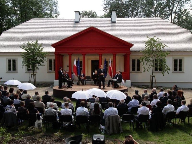 Prezydent Komorowski w Krasnogrudzie...
