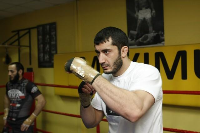 Mamed Khalidov vs Ryuta Sakurai. Mamed pokonał Japończyka we wrocławskiej Hali Stulecia