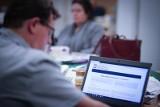 Dr Aleksandra Bagieńska-Masiota: Internet jest forum spotkań podobnym do realu. Czy możemy czuć się w nim bezpiecznie?