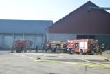 Pożar w mieszalni pasz w Koczale 8.02.2020. W akcji sześć zastępów straży pożarnej [ZDJĘCIA/WIDEO]