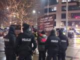 Protest przeciwko lobby LGBT w centrum Wrocławia [ZDJĘCIA]