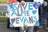 Alfie Evans walczy o życie, a sąd ponownie - i ostatecznie - zabronił przewieźć chłopca na leczenie do Włoch