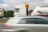 Na polskich drogach pojawi się 100 nowych fotoradarów! A ile zarabiają te już nas pilnujące? Jak sytuacja wygląda obecnie w Małopolsce?