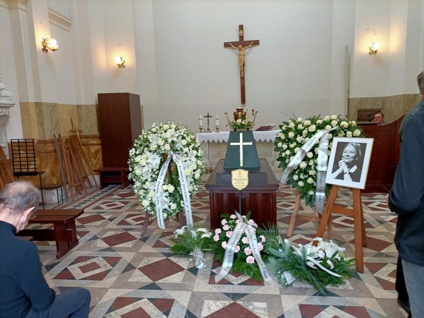 Pogrzeb Barbary Połomskiej w Łodzi, wielkiej gwiazdy polskiego kina