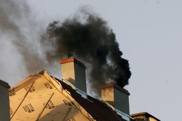 Zakaz palenia węglem w najbardziej trujących gminach od roku 2024?