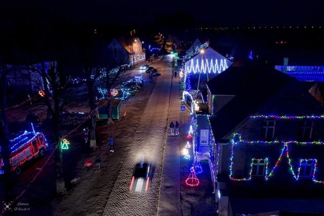 Popowo to niewielka wieś w gminie Bledzew w powiecie międzyrzeckim.