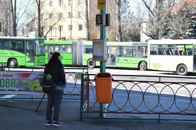 Zielonogórski PKS wydał specjalny komunikat, w którym czytamy, że w dniach od 3 do 5 kwietnia 2021 r. komunikacja autobusowa nie będzie prowadzona.