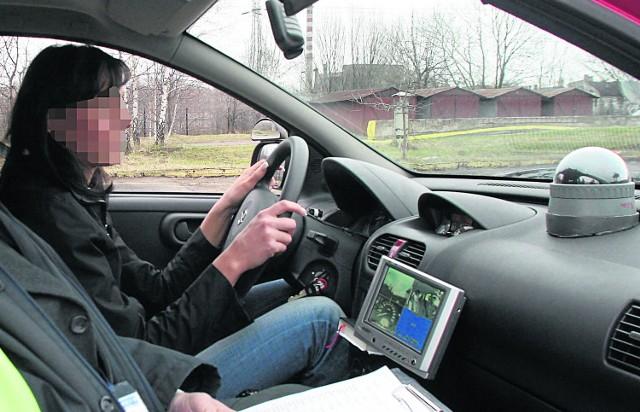 W samochodach nauki jazdy w Łodzi zamontowane są po trzy kamery