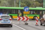 Awaria wodociągowa na ul. Matejki w Poznaniu. Autobusy linii 164 kursują objazdem