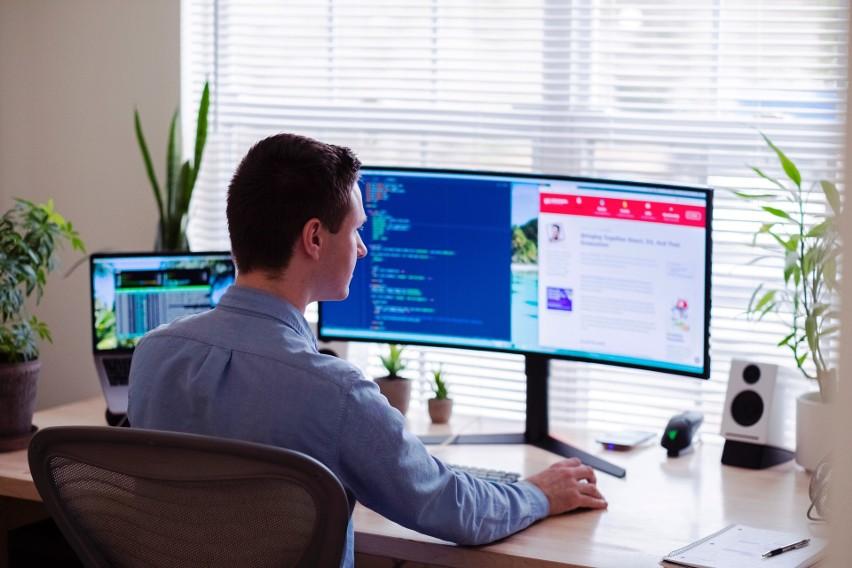 Strona internetowa: Skillshare.com...