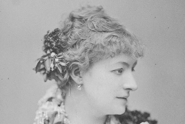 Helena Modrzejewska, aktorka. Fotografia portretowa.