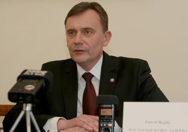 Paweł Bejda, poseł z okręgu sieradzkiego, chce, aby uczelnie płaciły podatek za posiadaną ziemię rolną. Gdyby rząd uwzględnił jego postulat, w naszym regionie groziłoby to UŁ. >>> Czytaj więcej na kolejnym slajdzie >>>