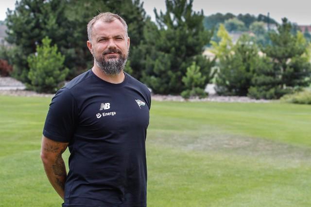 Maciej Kalkowski ma 46 lat