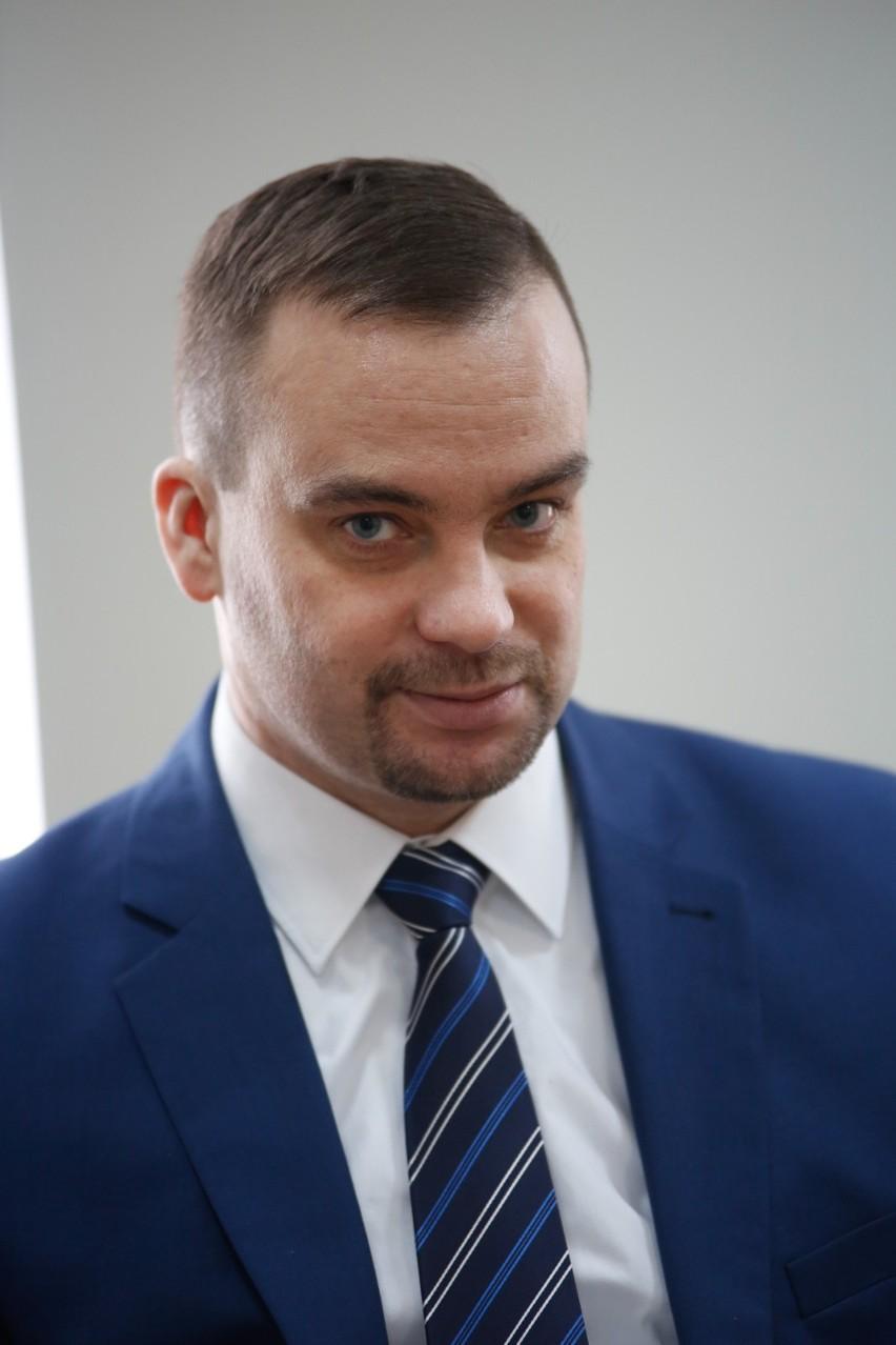 Poseł Bartłomiej Stawiarski.