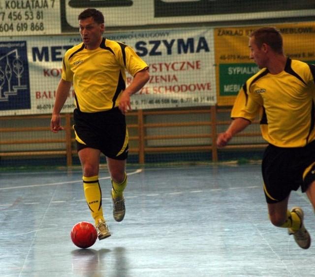 Futsal: Marioss Wawelno-Pogon 04 Szczecin 2-2. Mecz barazowy o gre w ekstraklasie.