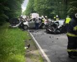 Poważny wypadek na DK10. Cztery osoby trafiły do szpitala
