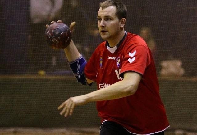 21-letni rozgrywający Jakub Kłoda do Opola trafił z Bochni i okazał się bardzo dużym wzmocnieniem, zwłaszcza defensywy.