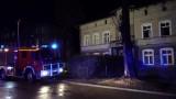 Spłonęło mieszkanie w domu wielorodzinnym. Lokator pijany [FILM]