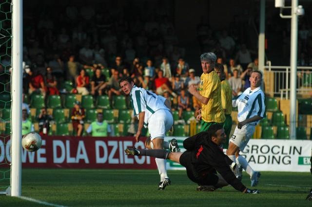 Piłkarze Groclinu stworzyli wiele okazji do strzelenia gola GKS Katowice. Niekiedy na drodze do szczęścia stawał im słupek.