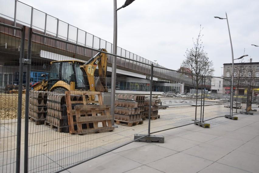 Tak powracał rynek w Chorzowie. Budowa trwała ponad dwa...