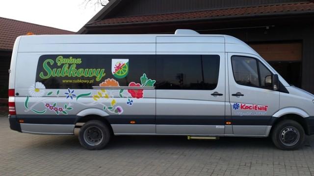 Haft z kociewskimi polnymi kwiatami na specjalnym busie [ZDJĘCIA]Gmina Subkowy może cię pochwalić wyjątkowym busem