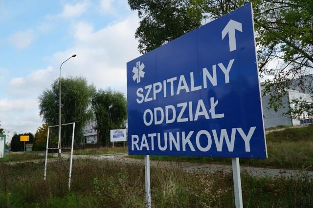 Obecnie do dyspozycji pacjentów z koronawirusem w Wielkopolsce jest 2331 łóżek, z czego 724 jest wolnych. W przypadku łóżek respiratorowych zajęte są 122 z 235.