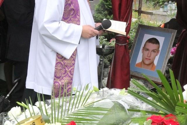 Igor Stachowiak zmarł we wrocławskim komisariacie w maju 2016 roku.